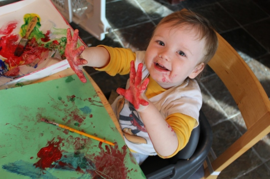 Fingerpainting with Julie Rustad
